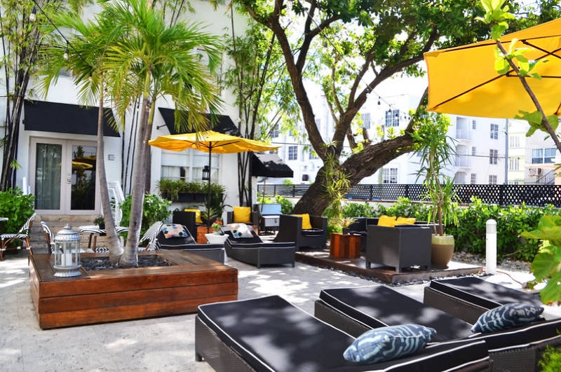 Metropole South Beach Courtyard